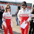 Mary Lynn Rajskub et Keanu Reeves lors de la journée d'entraînement pour la 33e course annuelle Toyota en Californie