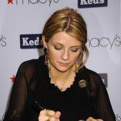 Les stars signent des autographes sur... n'importe quoi ! Mais quand on aime ses fans, on ne compte pas !