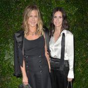 Jennifer Aniston : Célibataire et stylée avec Courteney Cox