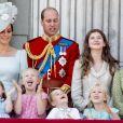 """Kate Catherine Middleton, duchesse de Cambridge, le prince William, duc de Cambridge, la princesse Charlotte, Savannah Phillips, le prince George, Isla Phillips, Eloise et Estella Taylor - Les membres de la famille royale britannique lors du rassemblement militaire """"Trooping the Colour"""" (le """"salut aux couleurs""""), célébrant l'anniversaire officiel du souverain britannique. Cette parade a lieu à Horse Guards Parade, chaque année au cours du deuxième samedi du mois de juin. Londres, le 9 juin 2018."""