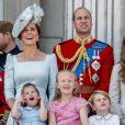 """Kate Catherine Middleton, duchesse de Cambridge, le prince William, duc de Cambridge, la princesse Charlotte, Savannah Phillips, le prince George - Les membres de la famille royale britannique lors du rassemblement militaire """"Trooping the Colour"""" (le """"salut aux couleurs""""), célébrant l'anniversaire officiel du souverain britannique. Cette parade a lieu à Horse Guards Parade, chaque année au cours du deuxième samedi du mois de juin. Londres, le 9 juin 2018."""