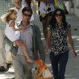 """""""Courteney Cox, son mari David Arquette et leur fille Coco, 5 ans, se promenaient hier dans Malibu à l'occasion de la fête de Pâques"""""""