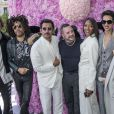 Elias Becker, Lenny Kravitz, Haider Ackermann, Kim Jones (directeur artistique de Dior Homme), Naomi Campbell, Farida Khelfa et Kate Moss - Greeting au défilé de mode Dior Homme collection Printemps-Eté 2019 à la Garde Républicaine lors de la fashion week à Paris, le 23 juin 2018. © Olivier Borde/Bestimage