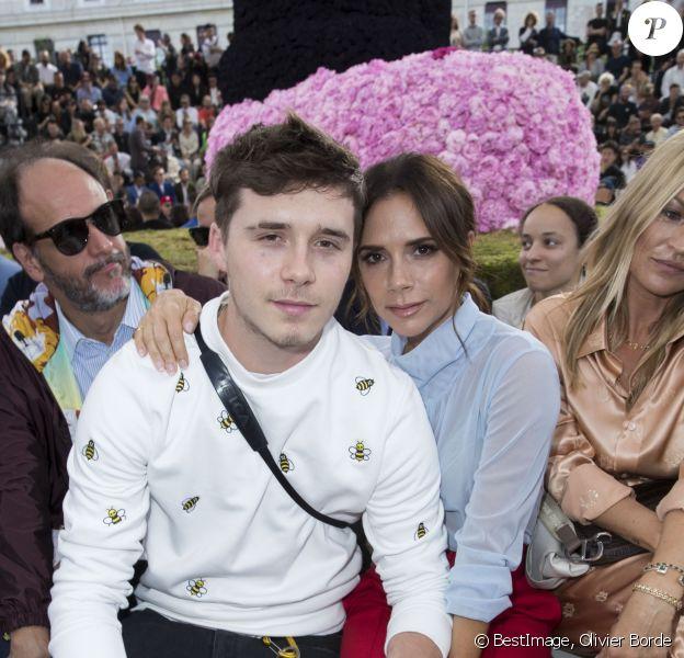 Brooklyn Beckham et Victoria Beckham - People au défilé de mode Dior Homme collection Printemps-Eté 2019 à la Garde Républicaine lors de la fashion week à Paris, le 23 juin 2018. © Olivier Borde/Bestimage