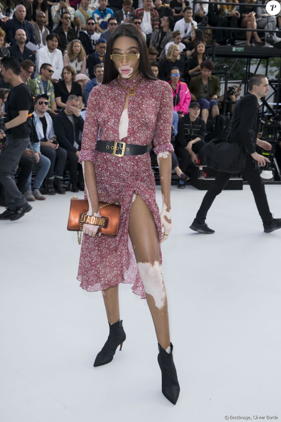 winnie harlow people au d fil de mode dior homme. Black Bedroom Furniture Sets. Home Design Ideas