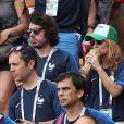 Eric Metzger et Axelle Laffont lors de France-Argentine en 8e de finale de la Coupe du monde de football le 30 juin 2018 à Kazan en Russie. © Cyril Moreau/Bestimage