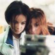 """Alizée, Mylène Farler et Laurent Boutonnat à l'époque de l'album Gourmandises, en 2000. Un cliché révélé le 4 juillet 2018, pour les 18 ans du tube """"Moi... Lolita""""."""