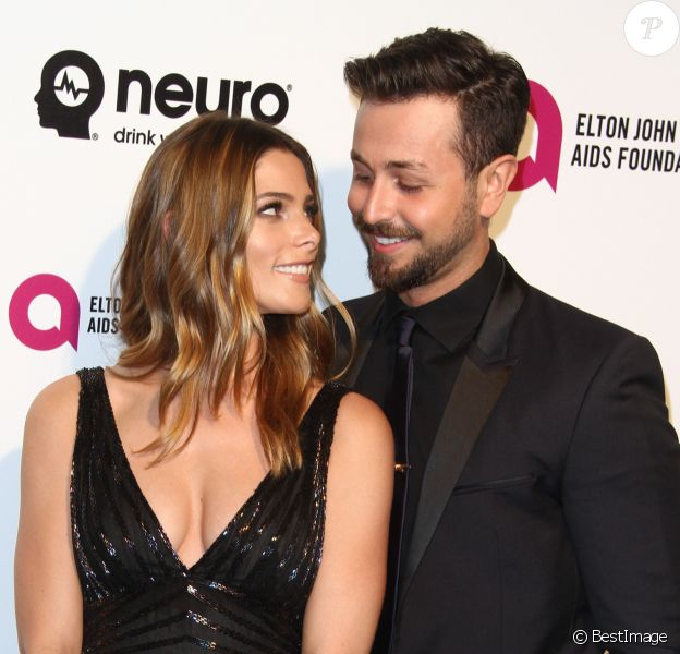 Ashley Greene et son compagnon Paul Khoury à la soirée Elton John AIDS foundation 2016 à West Hollywood Park à West Hollywood, le 28 février 2016