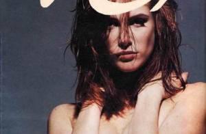 Angie Everhart, entièrement nue, voudrait vous dire bonne nuit...