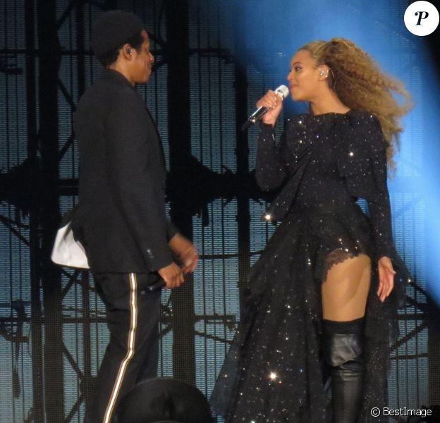 """Beyonce et Jay Z en concert à Cardiff pour leur tournée """"On the Run Tour II"""" le 6 juin 2018"""