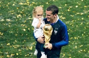 Antoine Griezmann : Champion avec Mia dans ses bras face aux larmes de sa mère
