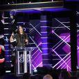 """Demi Moore et Bruce Willissur la scène du """"Comedy Central Roast of Bruce Willis"""" au Hollywood Palladium à Los Angeles le 14 juillet 2018"""