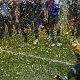 Benjamin Mendy - L'équipe de France célèbre son deuxième titre de Champion du Monde sur la pelouse du stade Loujniki après leur victoire sur la Croatie (4-2) en finale de la Coupe du Monde 2018
