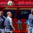 Benjamin Mendy, Antoine Griezmann et Paul Pogba - L'équipe de France de football pendant un entraînement lors de la coupe du monde au stade Kazan Arena à Kazan, Russie, le 14 juin 2018.