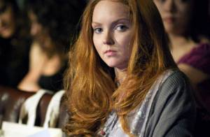 Lily Cole : le top model donne des leçons de mode... dans la prestigieuse université de Cambridge !