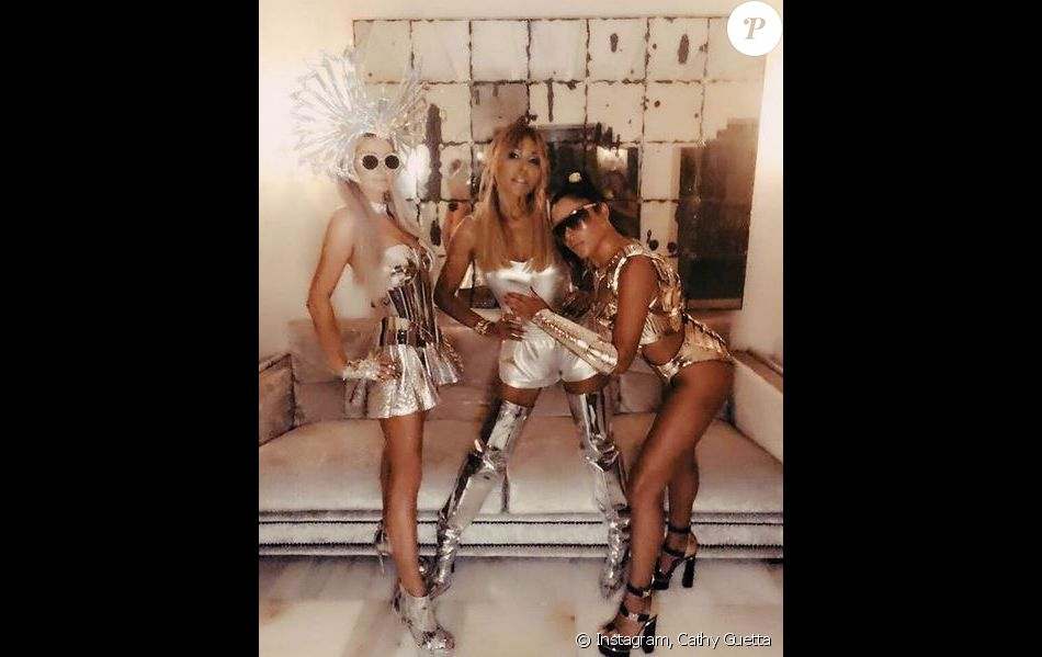 Paris Hilton, Cathy Guetta et Marina Morenaà la soirée 'MetalMania' de Mert Alas et Marcus Piggott. Ibiza, le 12 août 2018.