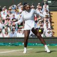 Angelique Kerber remporte le tournoi en battant Serena Williams en finale à Wimbledon à Londres. L'Allemande Angelique Kerber a remporté pour la première fois le tournoi de Wimbledon, son troisième titre en Grand Chelem, en dominant l'Américaine Serena Williams 6-3, 6-3. Le 14 juillet 2018