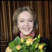 Agnès Soral : une parisienne belle comme... une rose !