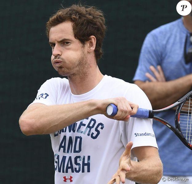 Andy Murray à l'entraînement lors tournoi de tennis de Wimbledon à Londres, Royaume, le 11 juillet 2017.