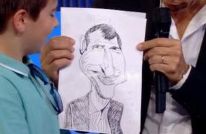Nagui vexé par un dessin offert par un petit garçon :