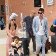 Jonathan Rhys Meyers, Mara Lane et leur fils Wolf - Les célébrités arrivent à l'aéroport de Venise à l'occasion de la 75ème édition du Festival du Film International de Venise, le 29 aout 2018.