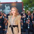 """Natalie Portman (robe Gucci) - Montée des marches de la première du film """"Vox Lux"""" lors du 75ème festival du film de Venise, la Mostra le 4 septembre 2018."""