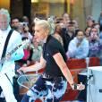 Gwen Stefani et les No Doubt sur scène au  Today Show , à New-York, le 1er mai 2009