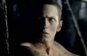 Eminem : un serial killer plus vrai que nature... pour son nouveau clip ! Regardez !