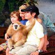 Kelly Ripa avec ses enfants au zoo de Miami, ici avec Joaquin et Michael