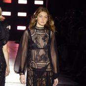 Fashion Week : Kendall et Gigi, en transparence avec Bella et Kaia