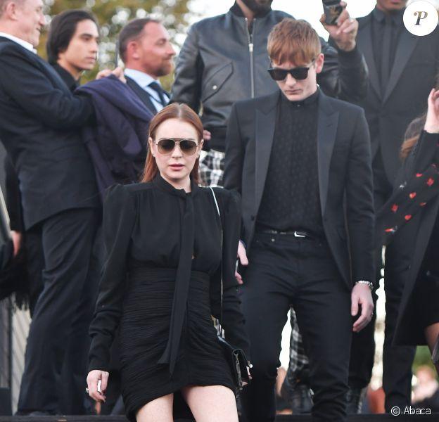 """Lindsay Lohan et Dakota Lohan - Défilé de mode """"Saint-Laurent"""" PAP printemps-été 2019 au Trocadéro devant la Tour Eiffel à Paris le 25 septembre 2018"""