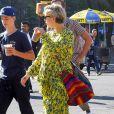 Kate Hudson enceinte va déjeuner au restaurant avec son fils Ryder et son compagnon Danny Fujikawa à New York le lendemain de l'anniversaire de Danny. Le 11 juin 2018.