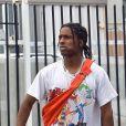 Exclusif - ASAP Rocky fait du vélo dans les rues de Hollywood, le 2 août 2017