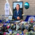 Hommages au King Power Stadium de Leicester City Football Club, après la mort de Vichai Srivaddhanaprabha. Le 29 octobre 2017.