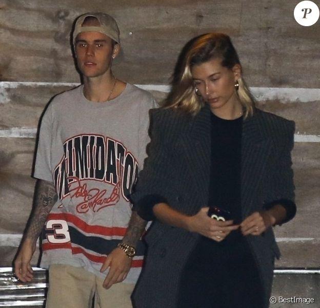 Justin Bieber et sa fiancée Hailey Baldwin vont à l'église à Beverly Hills, le 31 octobre 2018