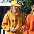 """Justin Bieber et sa femme Hailey Baldwin vont prendre un petit-déjeuner chez """"Joan's On Third"""" à Los Angeles, le 24 octobre 2018."""
