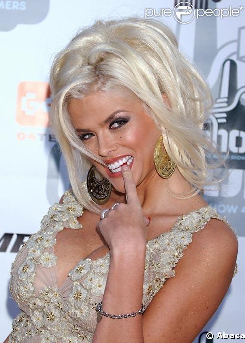 Anna Nicole Smith en juillet 2004