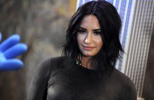 Demi Lovato sortie de rehab et en couple ? La star en forme pour un dîner à deux