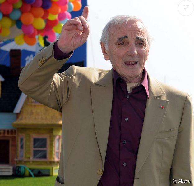 Charles Aznavour présente Là-Haut à Cannes