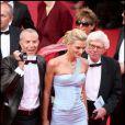 Sarah Marshall sublime lors du premier jour du Festival de Cannes avec son ami Jean-Claude Jitrois