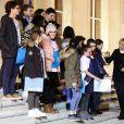 La Première Dame Brigitte Macron (Trogneux) accueille les enfants de l'UNICEF pour la Journée Internationale des Droits de l'Enfant au Palais de l'Elysée à Paris, le 20 novembre 2017. © Stéphane Lemouton/Bestimage