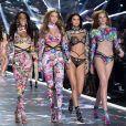 Winnie Harlow, Gigi Hadid, Kendall Jenner et Alexina Graham - Défilé Victoria's Secret 2018 à New York le 8 novembre 2018
