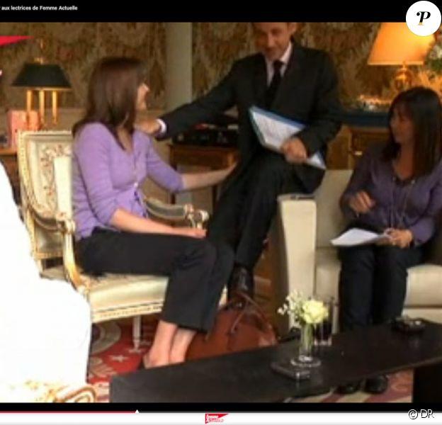 Carla Bruni et Nicolas Sarkozy reçoivent des lectrices de Femme Actuelle à l'Elysée