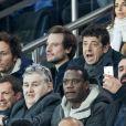 Pierre Ménès, le chanteur Vianney (Vianney Bureau), Patrick Bruel et Claude Deschamps dans les tribunes du Parc des Princes lors du match de ligue des champions de l'UEFA opposant le Paris Saint-Germain à Liverpool FC à Paris, France, le 28 novembre 2018. Le PSG a gagné 2-1. © Cyril Moreau/Bestimage