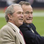 """George W. Bush en deuil : """"Notre cher papa George H.W. Bush est mort"""""""