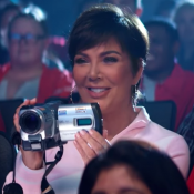 Kris Jenner : La momager des Kardashian, la vraie star du clip d'Ariana Grande
