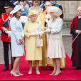 Carole Middleton, Elizabeth II et Camilla au mariage du prince William et Kate Middleton le 29 avril 2011, à Londres.