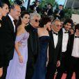 L'équipe du film lors de la montée des marches du Festival de Cannes le 19 mai 2009 pour la présentation des Etreintes brisées
