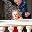 La princesse Charlene de Monaco et ses enfants, la princesse Gabriella et le prince Jacques - La famille princière de Monaco au balcon du palais lors de la fête nationale monégasque, à Monaco. Le 19 novembre 2018. © Dominque Jacovides / Bestimage