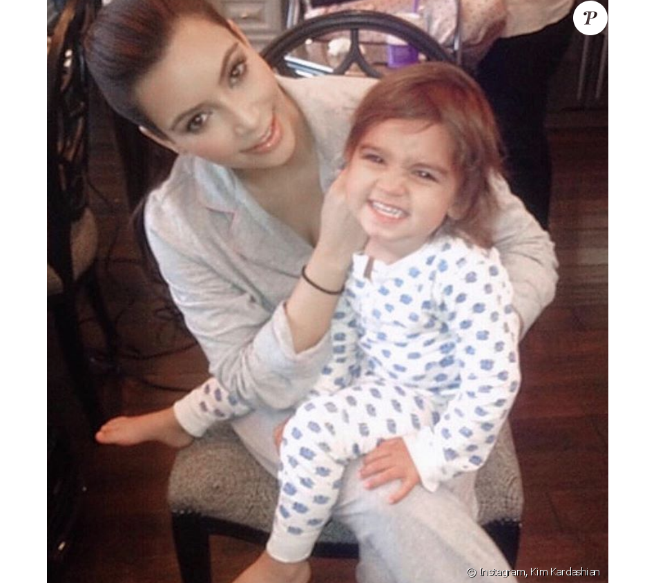 Kim Kardashian en compagnie de son neveu Mason - photo d'archive postée sur son compte Instagram le 14 décembre 2018.